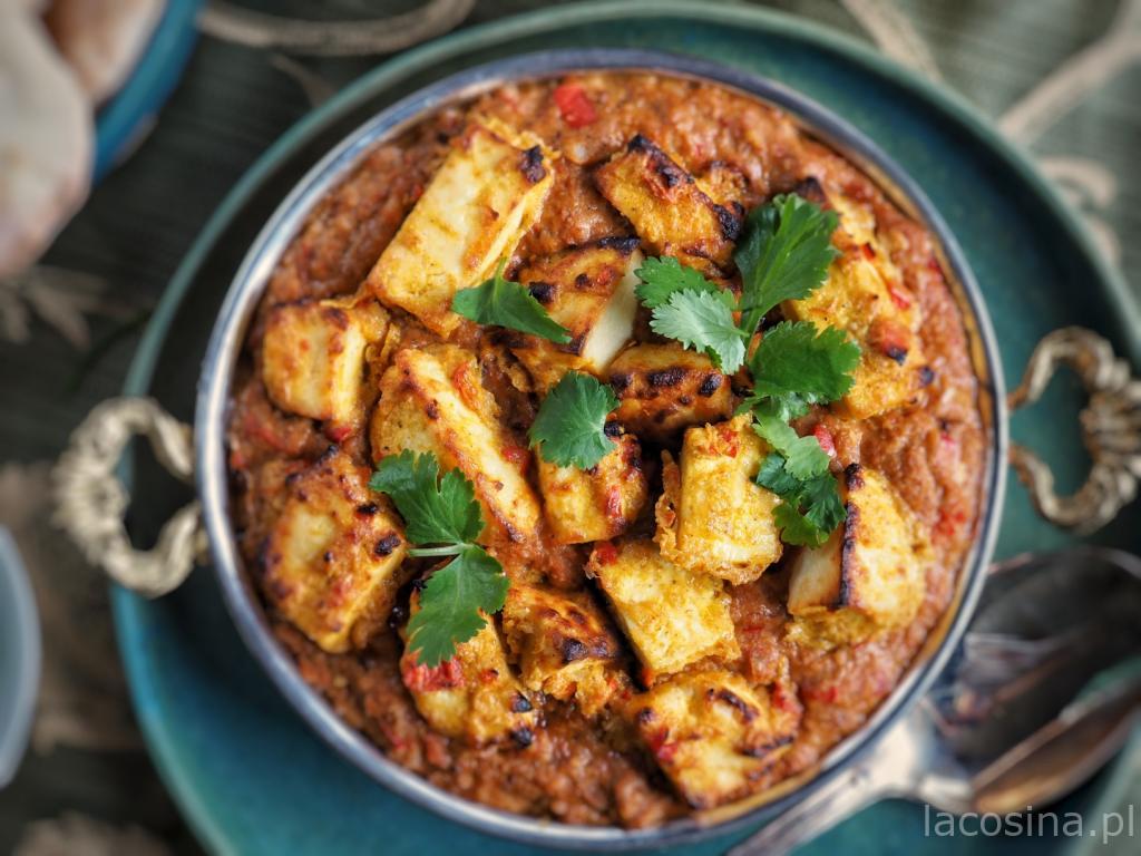 Paneer w sosie curry tikka masala
