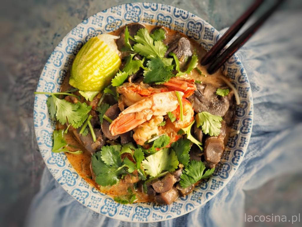Tajska zupa kokosowa z krewetkami