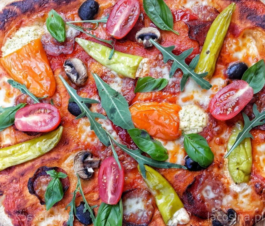 Pizza z pepperoni
