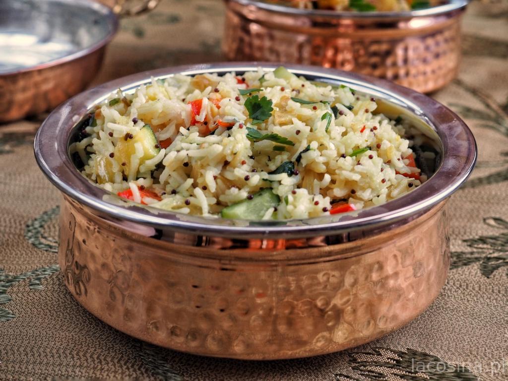 Ryż na ostro z czarną gorczycą i listkami curry